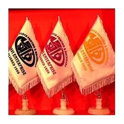 سفارش پرچم رومیزی